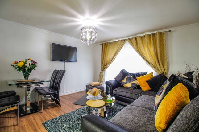 2 bed flat for sale in Spa Lane, Woodhouse, Sheffield S13