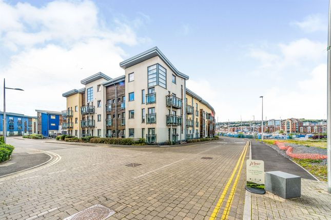 Thumbnail Flat for sale in St Stephens Court, Maritime Quarter, Swansea
