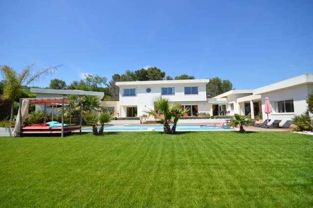 5 bed property for sale in Mouans Sartoux, Alpes Maritimes, France