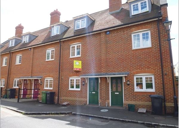 Thumbnail Town house to rent in Coopers Lane, Abingdon