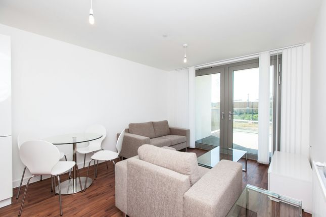 Thumbnail Flat to rent in Waterside Park, Waterside Heights, Royal Docks