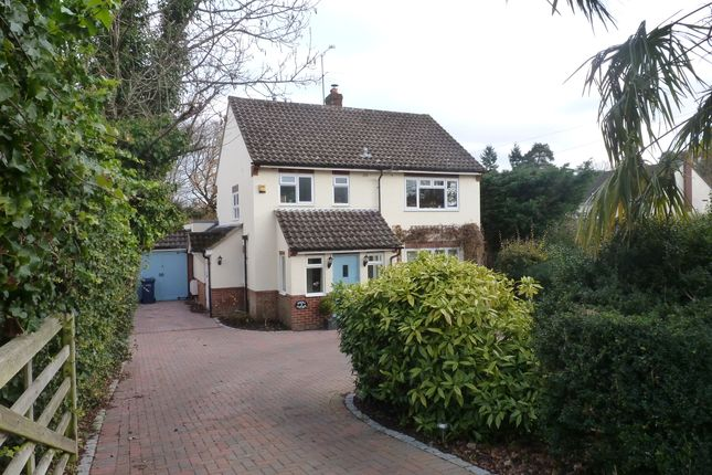 Thumbnail Detached house to rent in Green Lane, Farnham