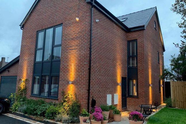 1 bed flat to rent in Bridgewater Mews, London Road, Stockton Heath, Warrington WA4