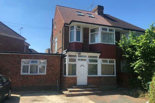 Thumbnail Semi-detached house to rent in Woodfields Avenue, Kingsbury
