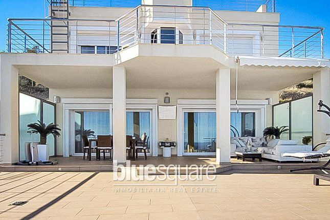 4 bed property for sale in Calpe, Valencia, 03710, Spain
