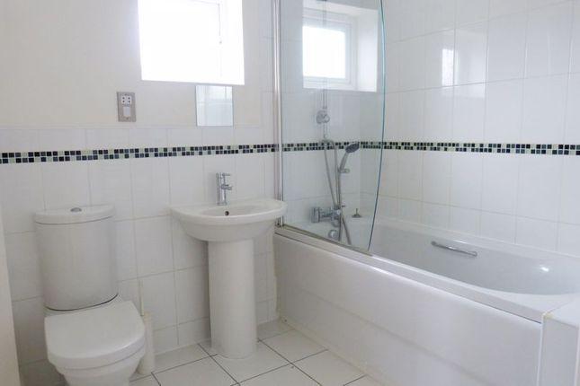 Bathroom of Kilford Close, Amesbury, Salisbury SP4