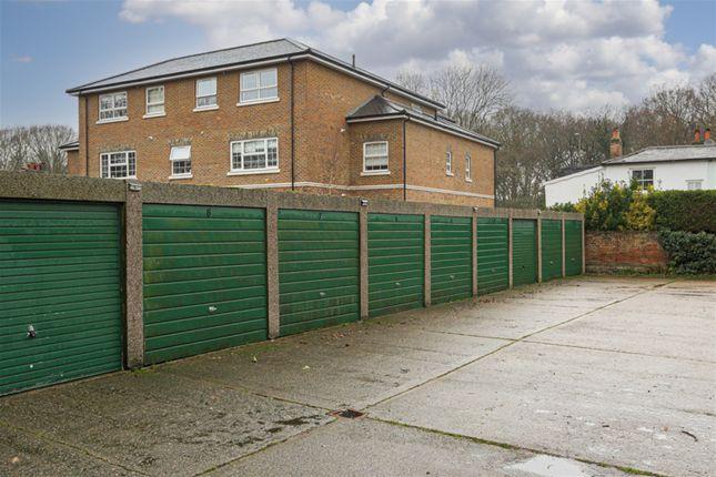 Garage+En+Bloc of Portsmouth Road, Thames Ditton KT7