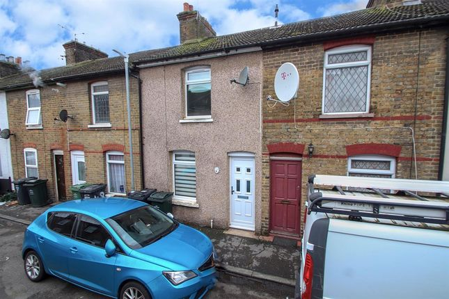 2 bed terraced house to rent in Sun Road, Swanscombe DA10