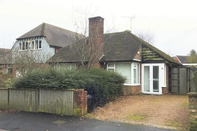 Thumbnail Bungalow for sale in Willow Walk, Meopham