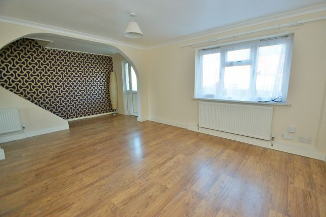 Thumbnail Terraced house to rent in Frittenden Close, Ashford