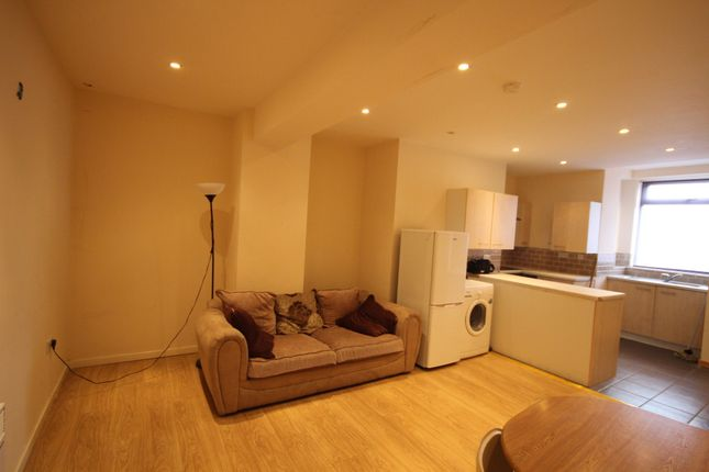 Thumbnail Terraced house to rent in Roundhay Road, Harehills, Leeds, West Yorkshire