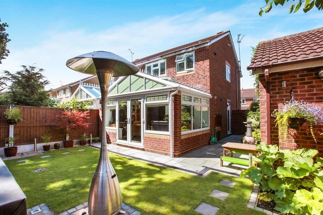 3 bed semi-detached house to rent in Renoir Place, Springfield, Chelmsford