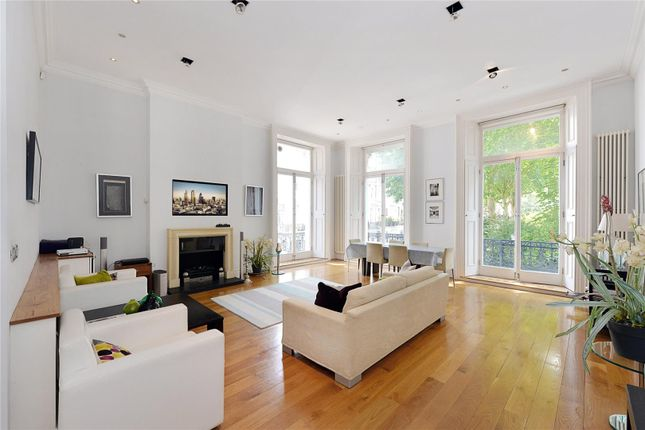 Thumbnail Flat for sale in Courtfield Gardens, Earls Court, London