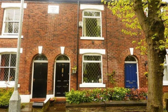2 bed terraced house to rent in Osborne Road, Hyde
