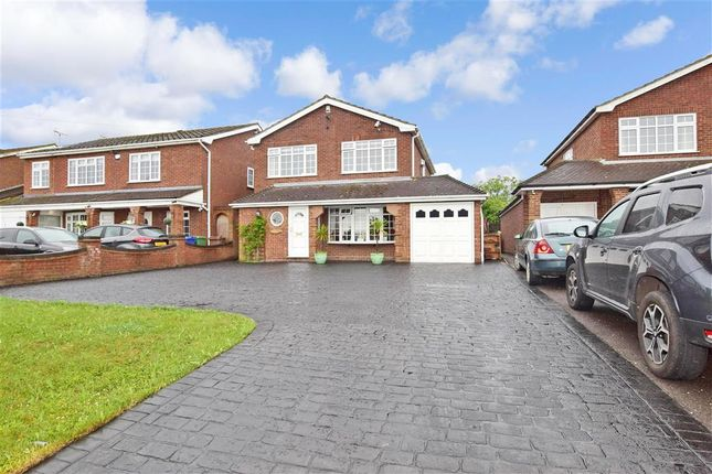 4 bed detached house for sale in High Road, Fobbing, Stanford-Le-Hope, Essex SS17