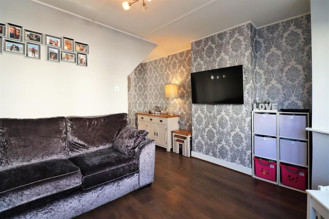 Lounge View 2 of Sidmouth Road, Welling DA16