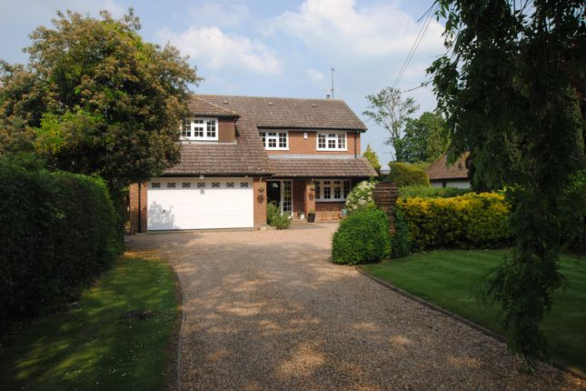 Thumbnail Detached house for sale in Milestone Avenue, Charvil, Reading