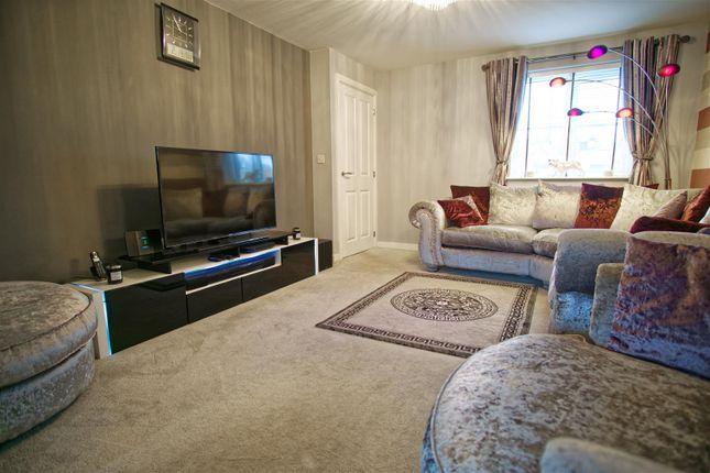 Lounge Image 3 of Fallow Avenue, Cottam, Preston PR4