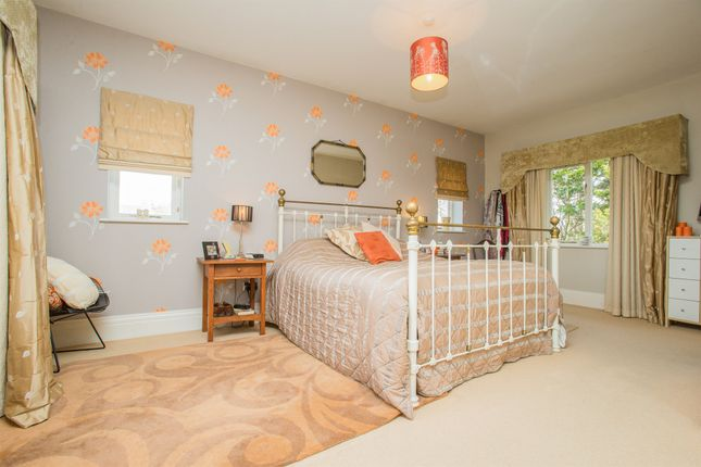 4 bed detached house for sale in Hookstone Drive, Harrogate