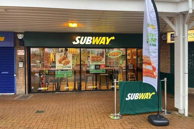 Thumbnail Restaurant/cafe for sale in Chineham Shopping Centre, Chineham, Basingstoke