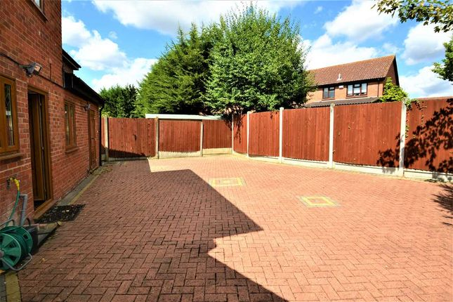Garden of Wickets Way, Hainault, Ilford IG6