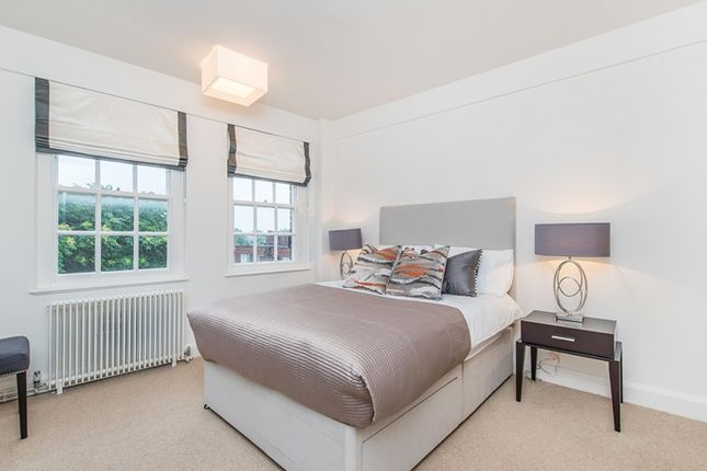 1 bed flat to rent in Fulham Road, London