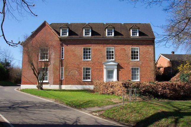 Thumbnail Flat to rent in Upper Clatford, Andover