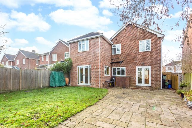 Thumbnail Detached house to rent in Birch Road, Burghfield Common, Reading