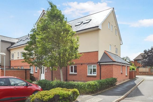 Thumbnail Flat for sale in Holzwickede Court, Weymouth