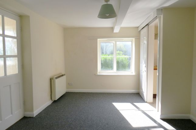 Thumbnail Flat to rent in South View Road, Willand, Cullompton