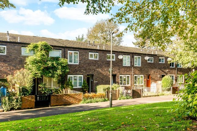 Thumbnail Terraced house for sale in Dowdeswell Close, London