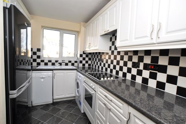 Thumbnail Flat to rent in Haysman Close, Letchworth Garden City
