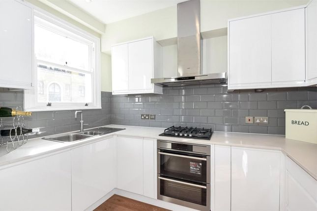 3 bed flat to rent in Greville Road, Maida Vale, London