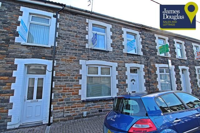 Thumbnail Terraced house to rent in Queen Street, Treforest
