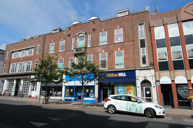 Thumbnail Flat to rent in Chapel Road, Broadwater, Worthing