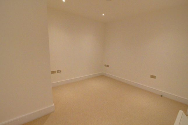 Master Bedroom of High Street, Slough SL1