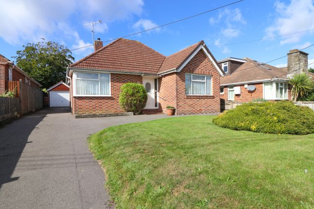 Thumbnail Detached bungalow for sale in Hobb Lane, Hedge End, Southampton