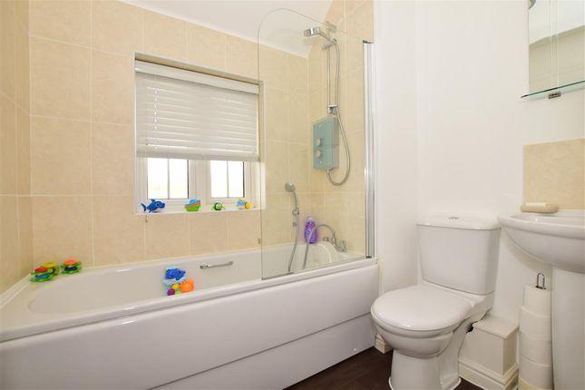 Bathroom of The Burrows, Ashford, Kent TN23