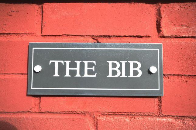 The Bib of Lady Park, Tenby SA70
