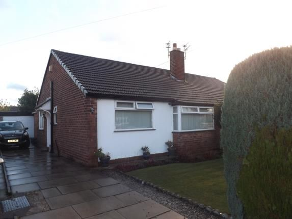 2 bed bungalow for sale in Alderley Road, Thelwall, Warrington, Cheshire