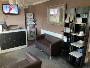Commercial property for sale in Dewsbury Road, Beeston, Leeds