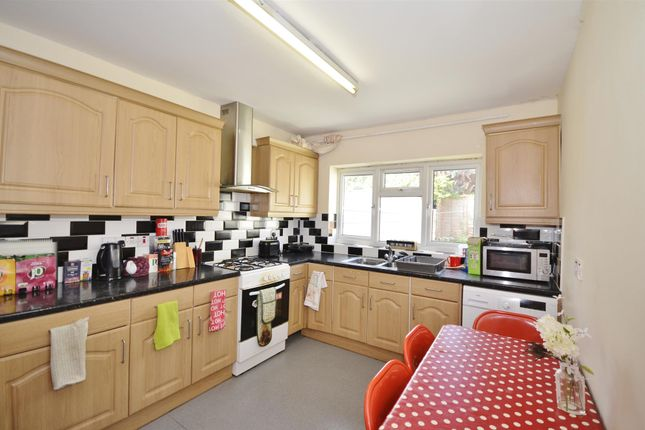 Thumbnail Terraced house to rent in Waldegrave Road, Turnpike Lane, London