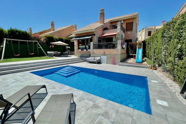 Thumbnail Villa for sale in Calle Los Montesinos, La Finca Golf, Alicante, Valencia, Spain