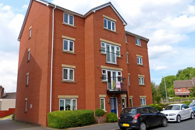 Thumbnail Flat to rent in Gloucester Close, Enfield, Worcs