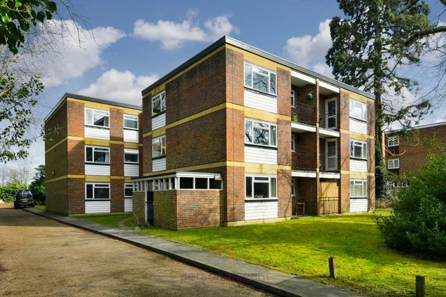 1 bed flat to rent in Alexandra Road, Epsom
