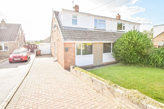 3 bed semi-detached bungalow to rent in Castle View, Wakefield WF2