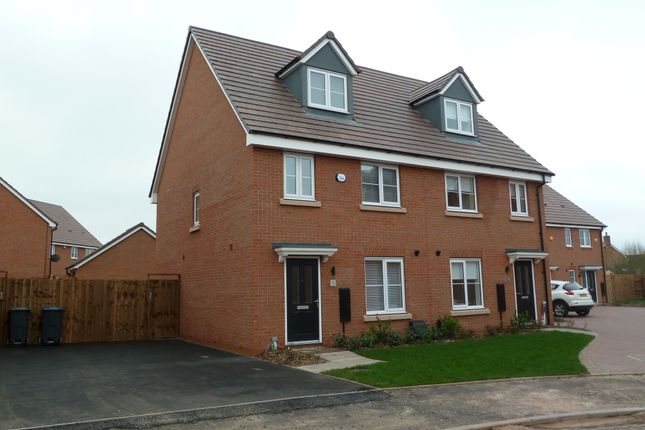 Thumbnail Town house to rent in Horsfall Drive, Sutton Coldfield