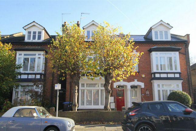 Thumbnail Maisonette to rent in Fyfield Road, Enfield, Middlesex