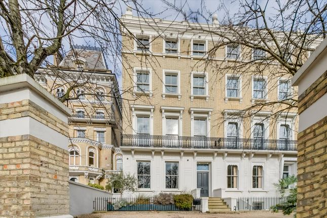 Thumbnail Terraced house for sale in Clapham Common North Side, Clapham, London