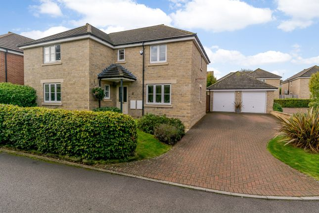 Detached house for sale in Haynes Close, Faringdon